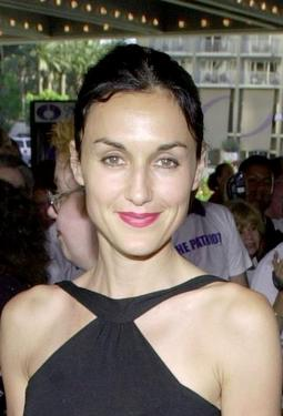 Lisa Zane at the premiere of &quot;The Patriot.&quot;